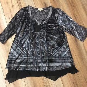Live and Let Live Tunic